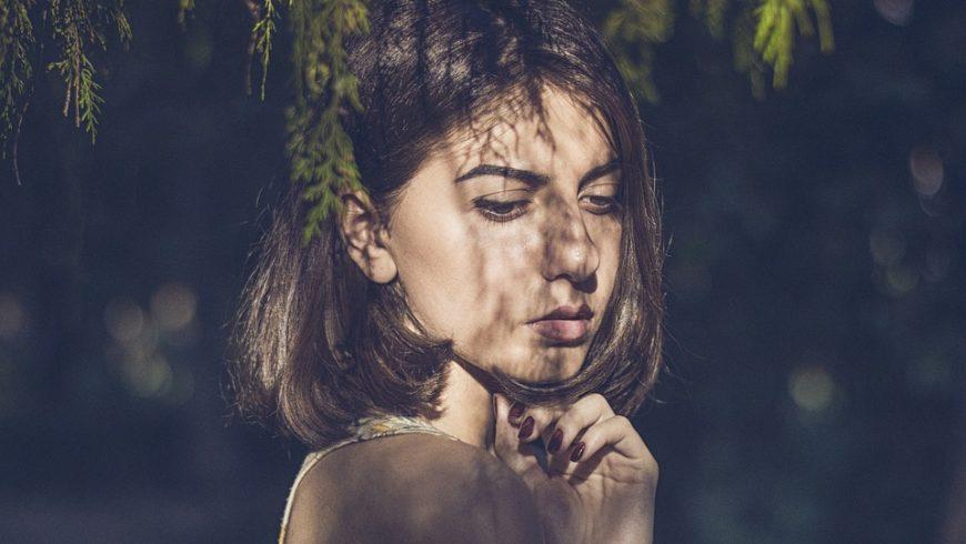 Combate las manchas oscuras de la piel