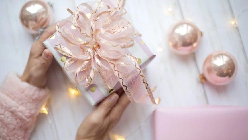 Sorprende con estos regalos para el amigo invisible